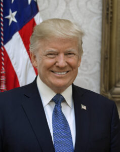 President Trump Official Portrait 1024x1297 1 237x300 - 不屈の精神